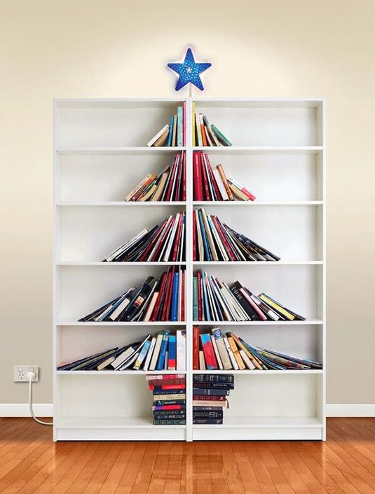 Nog een bijzonder fraaie kerst-boekenkast-boom