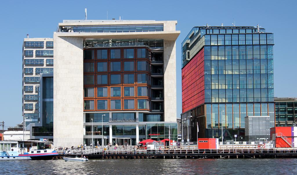 10 miljoen bezoekers voor bibliotheek amsterdam mustreads for Bibliotheek amsterdam