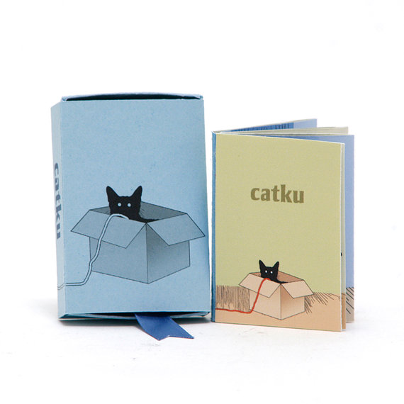 Kattenliefhebbers opgelet, deze leuke boekjes kun je via Etsy kopen.