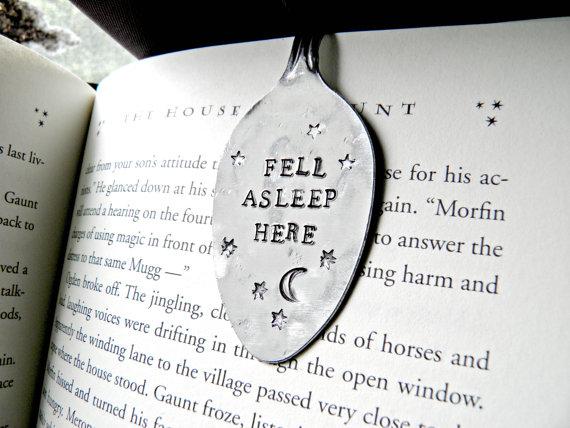 Ook op Etsy, deze fijne bladwijzers, perfect om te gebruiken terwijl je nog snel even in bed een hoofdstukje leest voordat je gaat slapen..