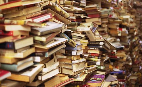 Hoeveel Boeken Liggen Er Ongelezen In Jouw Kast Mustreadsnl