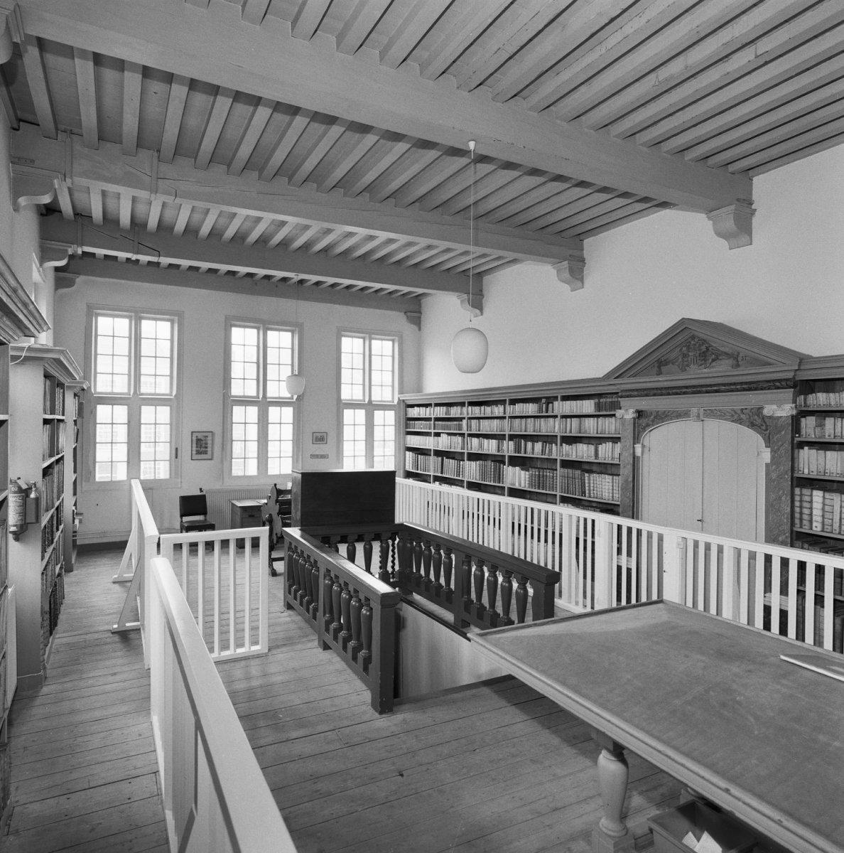 De Bibliotheca Thysiana in Leiden werd gesticht door jurist Joannes Thysius en is de enige bibliotheek in Nederland uit de zeventiende eeuw die in zijn oorspronkelijke behuizing bewaard is gebleven. (Foto: rijksmonumenten.nl)