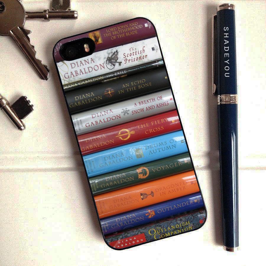 Fan van de Outlander-serie van Diana Gabaldon? Dan is deze iPhone-hoes iets voor jou!